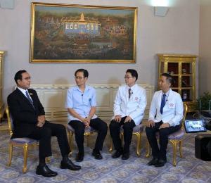นายกฯ เผยคนไทยกลับจากอู่ฮั่นกำลังใจดี เข้าใจขั้นตอนรัฐบาล