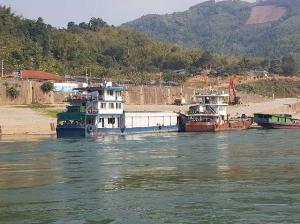 สิบสองปันนา-ท่าเรือริมโขงเงียบสนิท พิษไวรัสอู่ฮั่นกระทบท่องเที่ยว-ค้าไทย-จีน