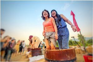 """กลับมาอีกครั้งกับเทศกาลเก็บเกี่ยวองุ่นประจำปีที่ทุกคนรอคอย  """"Monsoon Valley Harvest Festival 2020"""""""