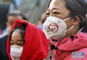 ยอดผู้เสียชีวิตไวรัสโคโรนาสายพันธุ์ใหม่แซงหน้าโรคซาร์ส หลังพบยอดผู้เสียชีวิตพุ่ง 803 คน และติดเชื้อ 37,121 คน