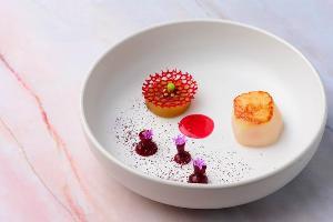 ชวนคู่รักมาฉลองวันแห่งความรัก กับมื้อพิเศษจากสองห้องอาหาร โรงแรม ดิ โอกุระ เพรสทีจ กรุงเทพฯ
