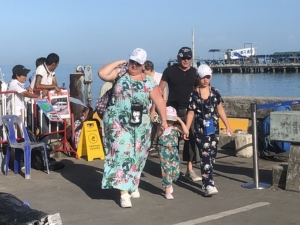 """เรือสำราญ """"คอสต้าฟอร์จูนน่า"""" นำนักท่องเที่ยวยุโรป 3 พันคน ขึ้นเกาะสมุย ตรวจคัดกรองเข้มไวรัสโคโรนา"""