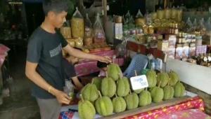 คนไทยได้ลุ้นกินทุเรียนถูก หลังผลผลิตตะวันออกปี 63 เพิ่มสวนทางตลาดส่งออกหลักมีปัญหา