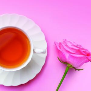 """ฉลองเดือนแห่งความรักด้วยชุดน้ำชายามบ่าย """"Strawberry & Rose Afternoon Tea"""" ณ เดอะ ล็อบบี้ เลาจน์ โรงแรมแบงค็อก แมริออท มาร์คีส์ ควีนส์ปาร์ค"""