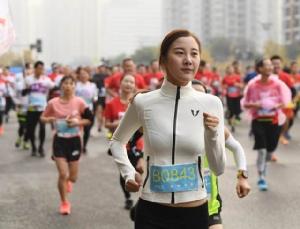 """""""โตเกียว มาราธอน 2020"""" หวั่นไวรัสฯระบาด ยกเลิกนักวิ่งทั่วไปเกือบ 4 หมื่นคน"""