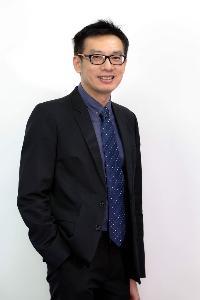 ดร.ศุภชัย ปทุมนากุล