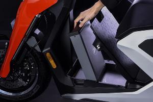"""มอเตอร์ไซค์ไฟฟ้า """"แซปป์"""" นวัตกรรมพัฒนาและผลิตยานยนต์ไฟฟ้าของคนไทยประกาศแผนเข้าตลาดหลักทรัพย์ NEX ประเทศอังกฤษ"""