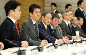 รัฐบาลญี่ปุ่นออกมาตรการฉุกเฉินกู้วิกฤตไวรัสโคโรนา