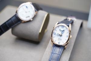 บาชโทลด์ นำเข้านาฬิกาสุดหรูจากสวิตเซอร์แลนด์