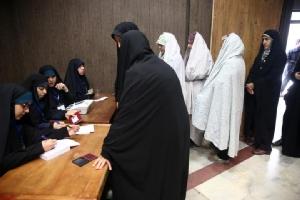ชาวอิหร่านออกไปลงคะแนนเลือกตั้งสมาชิกรัฐสภาในกรุงเตหะราน