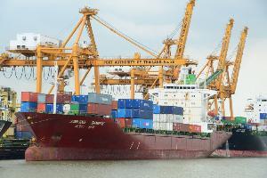 ทกท.อนุญาตเรือสินค้าทุกสัญชาติเทียบท่า แต่ต้องตรวจเข้มตามกฎ IHR