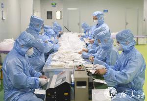 """จีนทำได้ทะลุ 1 ล้านชิ้นต่อวัน ผลผลิต """"หน้ากากอนามัย"""" N95 เพื่อให้มั่นใจว่าหน้ากากอนามัย เพียงพอสำหรับบุคลากรทางการแพทย์"""