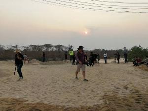 พบกระเป๋าเพื่อนสาวกับหนุ่มจีนเหยื่อฆาตกรรมยัดศพทิ้งน้ำปิง โผล่ป่าใกล้ด่านฯห้วยยะอุ-แม่สอด
