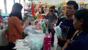 มาสก์หายาก..อุทัยธานีมีขายอำเภอละร้าน คนแห่ซื้อส่งญาติ-ลูกหลานอยู่พื้นที่ขาดแคลน