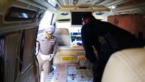 จับยกแก๊ง-อายัดทรัพย์เกลี้ยง! ขบวนการค้ายานรกซุกไอซ์ 149 เต็มช่องลับรถตู้ ขนจากแม่สายล่องใต้
