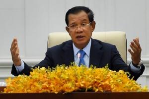 'ฮุนเซน' บอกสำรองเงินไว้ $2,000 ล้าน ใช้กระตุ้นเศรษฐกิจหากโควิด-19 ระบาดในเขมร