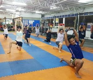 มองชีวิตผ่านกีฬามวยไทย/ดร.สรวงมณฑ์ สิทธิสมาน