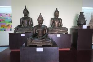 พระพุทธรูปศิลปะล้านนาเมืองเชียงแสน
