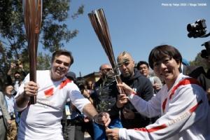 จุดแล้ว! ไฟคบเพลิงโอลิมปิก 2020