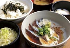 ภาพจาก https://tabiiro.jp/gourmet/s/307605-fukuoka-hakatagomasabaya