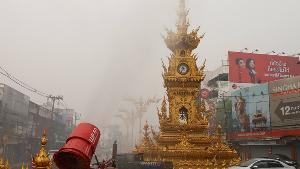 ไม่ไหวแล้ว! ทหารรุดเจรจาพม่าของดเผา หลังเชียงรายอากาศขมุกขมัวทั่วเมือง