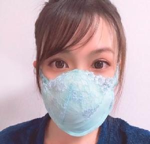 """""""หน้ากากยกทรง"""" ไอเดียสาวญี่ปุ่น เปลี่ยน """"อึ๋ม"""" เป็น """"อนามัย"""""""