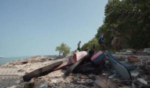 """วันแรก 5 กม.ผ่านไปด้วยดี! """"โตโน่ ภาคิน""""ว่ายน้ำข้ามอ่าวไทย กระตุ้นคนไทยใส่ใจสิ่งแวดล้อม"""