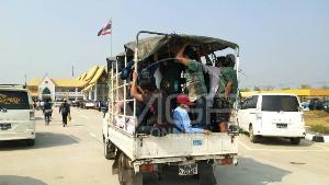 แรงงานพม่าทะลักรอข้ามแดนล้นด่านฯแม่สอดที่ 2 พบบางส่วนดอดนั่งเรือน้ำเมยเข้า-ออกเฉย