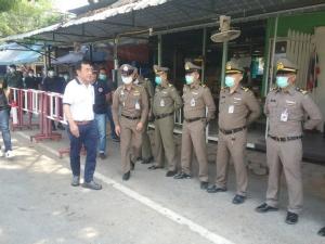 ผู้ว่าฯ กาญจน์อนุโลมให้ไทยและพม่าที่ตกค้างข้ามกลับบ้านได้ เพื่อบรรเทาความเดือดร้อน