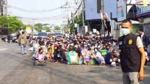 ปิดจุดผ่านแดนไทย-กัมพูชา กระทบถ้วนหน้าทั้งแรงงานตกค้าง-เพื่อนบ้านแห่ตุนสินค้า