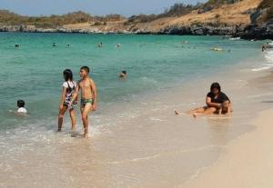 ปิดเกาะสีชัง-เกาะล้าน ! ชลบุรีเข้มป้องกันยอดผู้ป่วยโควิด-19 หลังยอดทั้งจังหวัดติดเชื้อสูงถึง 38 ราย