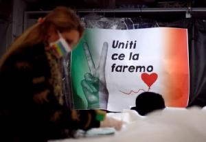 อัตราติดเชื้อโควิด-19 ชะลอตัว 4 วันติดในอิตาลี - ยอดตายทั่วโลกทะลุ 2 หมื่นคน