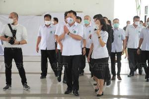 """""""อนุทิน"""" เตรียมหน้ากาก N95-กรมธรรม์ให้ทีมแพทย์ แจงที่ตำหนิไม่เกี่ยวกับงาน"""