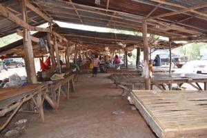 พิษโควิด-19 ทำตลาดของป่าซบเซา หลายชนิดต้องแปรรูปยืดอายุก่อนเน่า
