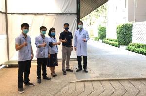 หมอดีใจ! ผู้ป่วยโควิด-19 รายแรกกลับบ้านได้ หลังพักรักษาตัวที่ รพ.สนามธรรมศาสตร์ เพียง 6 วัน