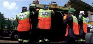 #saveพนักงานเก็บขยะ อีกหนึ่งฮีโร่ในวิกฤตโควิด-19