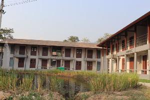 อาคารที่พักของศูนย์ฝึกอบรมสุดาเดือนเพ็ญฯ (ภาพ : เพจมูลนิธิชัยพัฒนา)