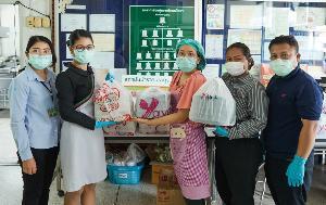 เอ็มเคส่งอาหารในเครือ 5,500 กล่องต่อวันให้สถานพยาบาล