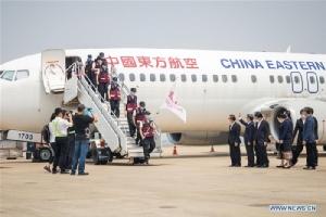 ผู้เชี่ยวชาญต้าน'โควิด'จากจีนถึงเวียงจันทน์  วันเดียวกันนายกฯลาวสั่งล็อกดาวน์ประเทศ