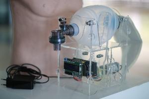 3 นวัตกรรมเพื่อช่วยผู้ป่วยโควิด-19 จากลาดกระบัง