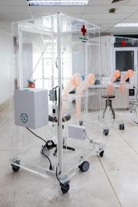 """""""ตู้ความดันลบเก็บสิ่งส่งตรวจจากผู้ป่วย"""" นวัตกรรมจากแพทย์จุฬาฯ"""
