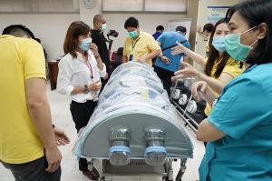 เอสซีจีเดินหน้าส่งมอบอีก 2 นวัตกรรมปกป้องแพทย์-พยาบาล ลดเสี่ยงติดเชื้อโควิด-19