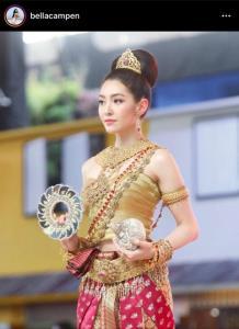 ลงรูปเก่าวนไป! ส่องแฟชั่นชุดไทยคนบันเทิง สวยหวานในวันสงกรานต์ยุคโควิด-19