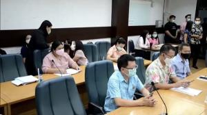 ผู้ว่าฯ เมืองกาญจน์นั่งหัวโต๊ะถกคณะทำงาน รองรับ 389 แรงงานไทยผ่านด่านทิกิ-บ้านพุน้ำร้อน