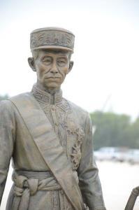 ๒๗ ปีครองผ้าเหลืองก่อนครองราชย์! รีบเร่งทรงผนวชก่อนสิทธิครองราชบัลลังก์จะมาถึง!!