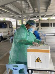 กทม.จับมือหมอแล็บแพนด้า ลุย SWAB ผู้สงสัยรับเชื้อโควิด-19 คาดครบ 6 กลุ่มเขตสัปดาห์นี้