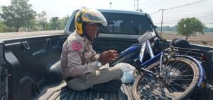 ชาวเน็ตร่วมให้กำลังใจ! คุณตาจูงจักรยานจากระยองกลับอุบลราชธานี เพจดังประสาน เตรียมช่วยเหลือ