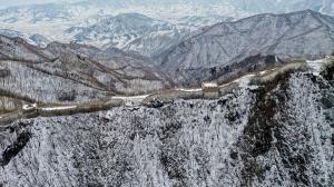 ปักกิ่งเริ่มบูรณะ 'กำแพงเมืองจีน' ด่านเถื่อนครองใจนักปีนเขา