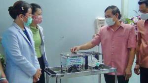 วท.ฉะเชิงเทรา ผลิตเครื่องช่วยหายใจ-ตู้ควบคุมไวรัสราคาหลักพันช่วยแพทย์ลดเสี่ยงติดเชื้อโควิด-19