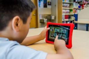 Home-Based Learning ทางเลือกการศึกษายุค COVID-19 /ดร.สรวงมณฑ์ สิทธิสมาน
